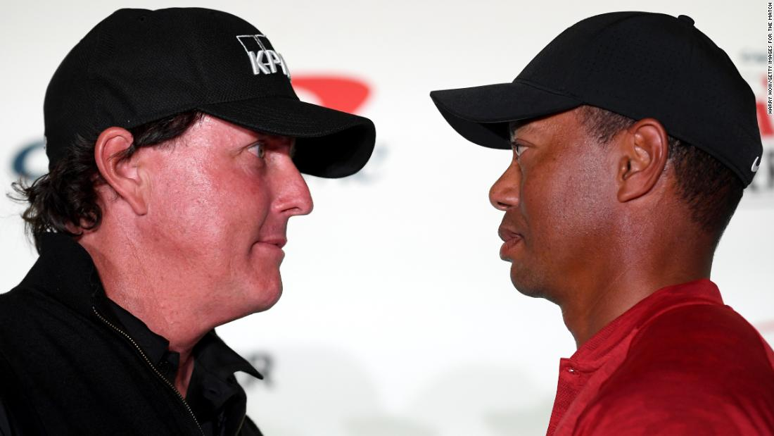 Tiger Woods e Phil Mickelson si preparano per la rivincita di beneficenza che coinvolge Tom Brady e Peyton Manning