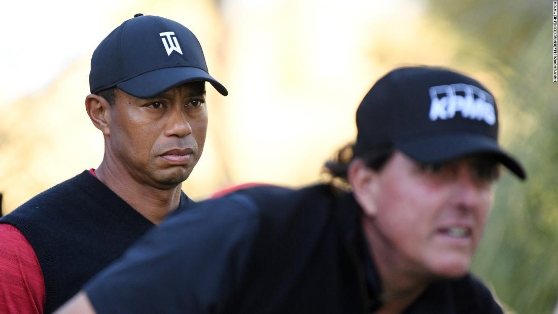 """Phil Mickelson """"sta lavorando"""" alla vendetta con Tiger Woods"""