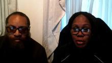 Il patrigno della Giordania, Charles, e sua madre, Zenobia Shepherd.