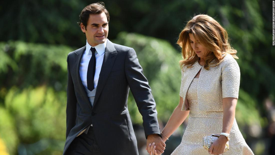 Roger Federer e sua moglie donano $ 1 milione per combattere il coronavirus