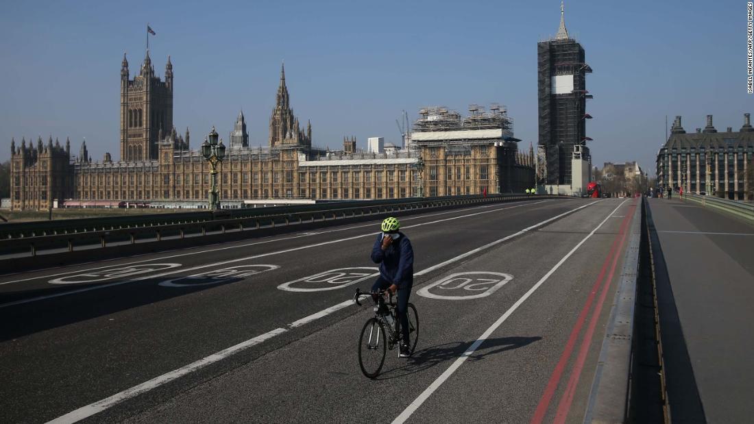 I politici britannici hanno pagato $ 12.450 in spese aggiuntive per i compiti