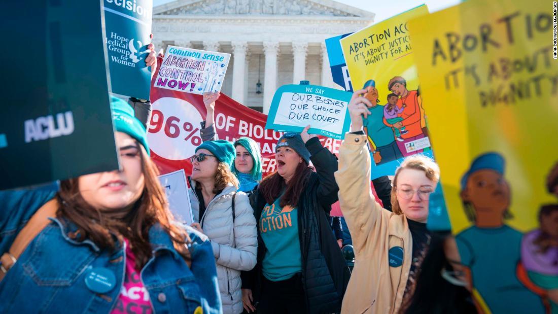 Il tribunale federale autorizza nuovamente taluni aborti in Texas nonostante le restrizioni del coronavirus soggette a restrizioni del governatore