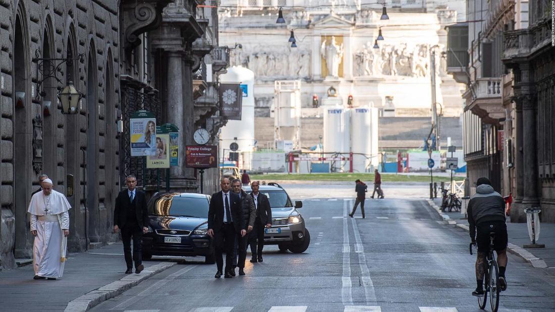 Papa Francesco: la pandemia di coronavirus potrebbe essere la risposta della natura alla crisi climatica