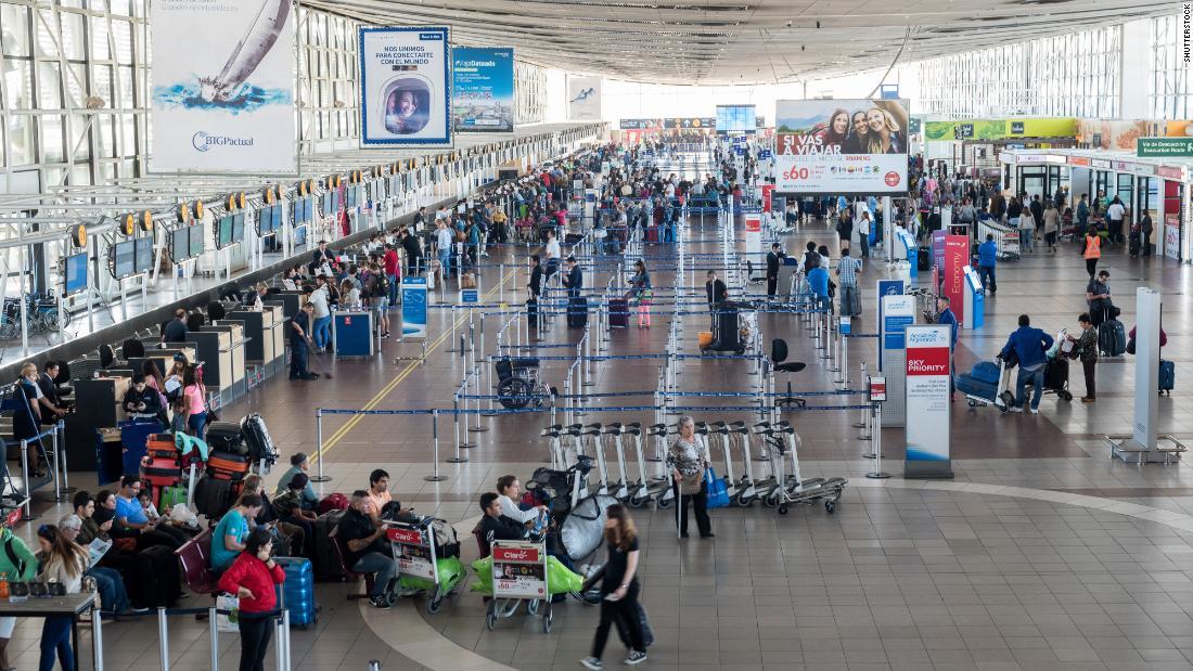 La rapina in aeroporto cilena vede una banda armata netta da $ 15 milioni