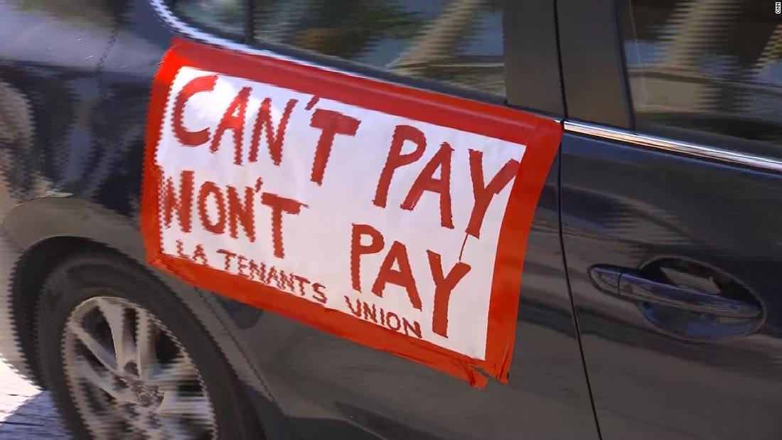 Quasi un terzo degli americani non ha pagato l'affitto questo mese, dicono nuovi dati.