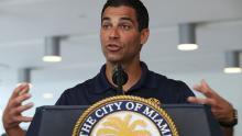 Il sindaco di Miami, Francis Suarez, ha sostenuto un piano per combattere l'impatto della crisi climatica.