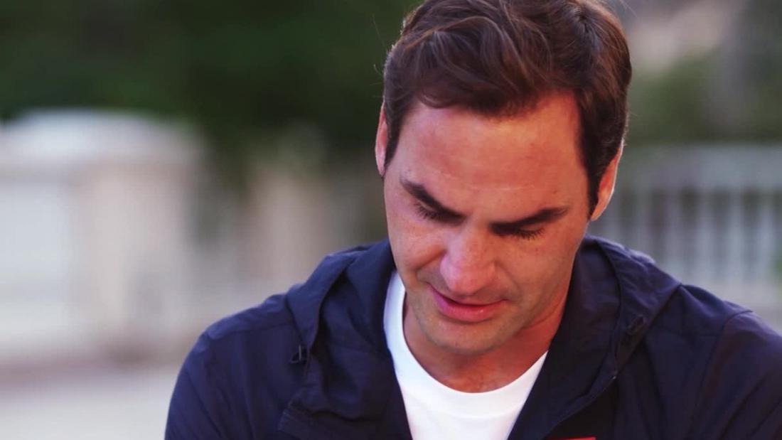 """Le lacrime di Roger Federer per il suo ex allenatore: """"Mai scomposto in questo modo"""""""