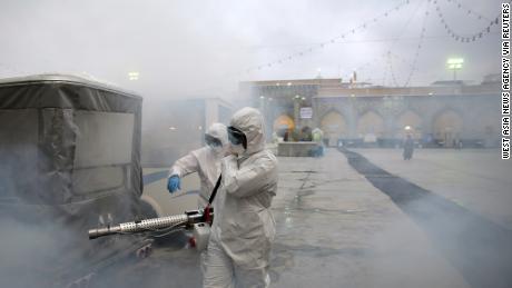 L'Iran rilascia temporaneamente 54.000 prigionieri mentre il coronavirus si diffonde