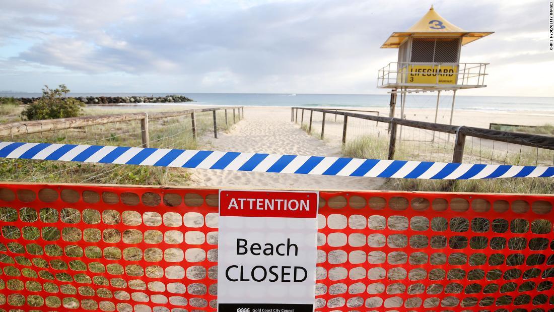 L'Australia chiude le spiagge mentre il blocco di Covid-19 continua durante la Pasqua