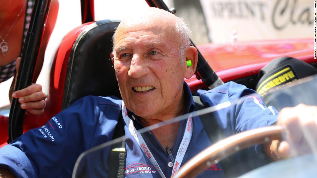 La leggenda del Motorsport Stirling Moss muore a 90 anni