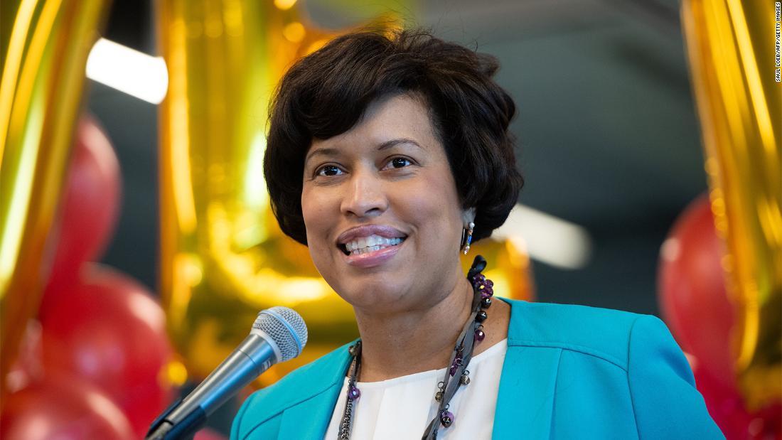 Muriel Bowser: Washington, DC, il sindaco chiede ulteriori raccolte di dati sui coronavirus nelle comunità di colore