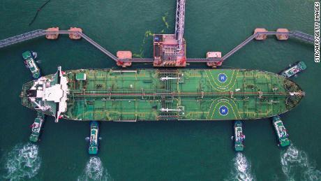 La Cina dipende dal petrolio straniero. L'attacco saudita è una bandiera rossa