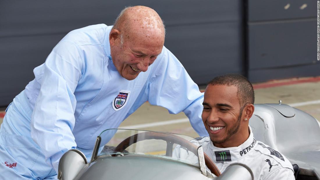 """Stirling Moss: il mondo del motorsport rende omaggio alla """"leggenda delle corse"""""""