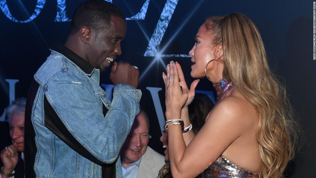 Sean 'Diddy' Combs e Jennifer Lopez si riuniscono per una festa da ballo