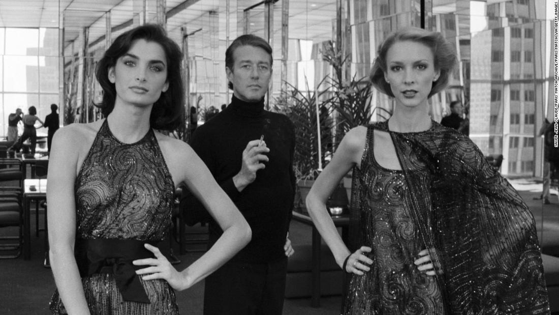 I migliori modelli ricordano gli spettacoli di Halston a piedi