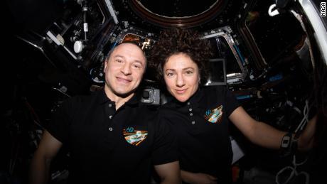 In che modo la NASA protegge gli astronauti e la Stazione Spaziale Internazionale dai coronavirus