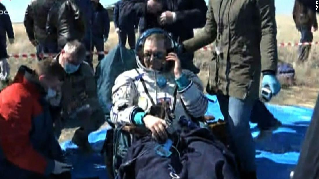 Questi astronauti sono appena tornati sulla Terra per trovare un mondo ora trasformato dal coronavirus