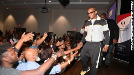 Il rapper T.I. parteciperà alla proiezione Netflix di Rhythm + Flow Atlanta ad ottobre.