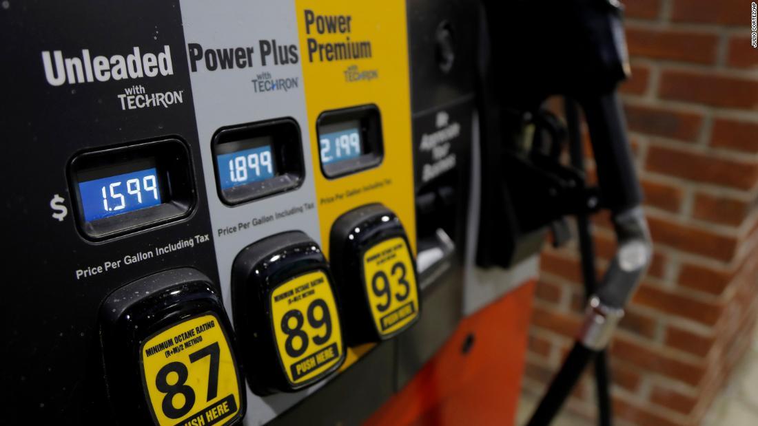 Il petrolio scende sotto i $ 19, scendendo al minimo di 18 anni