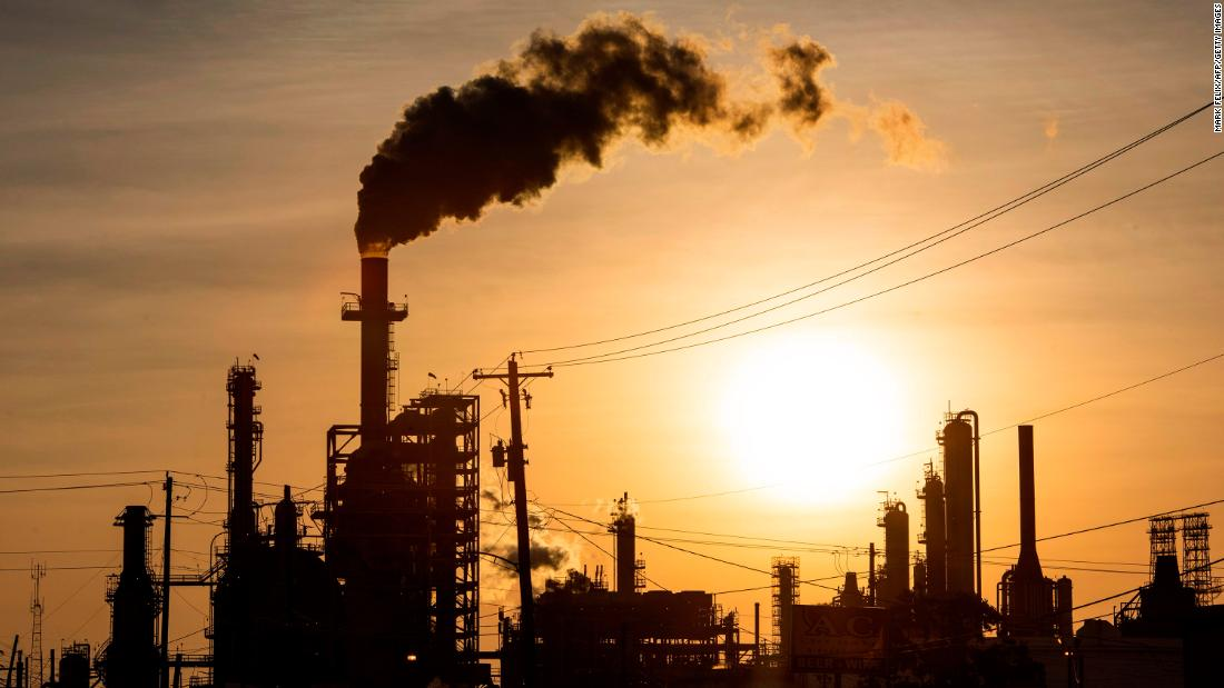 """I prezzi del petrolio stanno diventando positivi ma il mercato rimane """"rotto"""""""