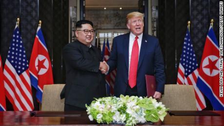 Trump dice di non sapere se Kim Jong Un è malato ma gli augura buona fortuna