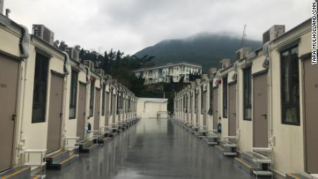 Questo parco vacanze è una delle molte strutture utilizzate come centri di quarantena per coronavirus a Hong Kong
