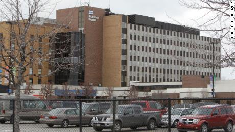 Le infermiere dell'ospedale di Detroit si rifiutano di lavorare senza ulteriore aiuto, ordinando di andarsene