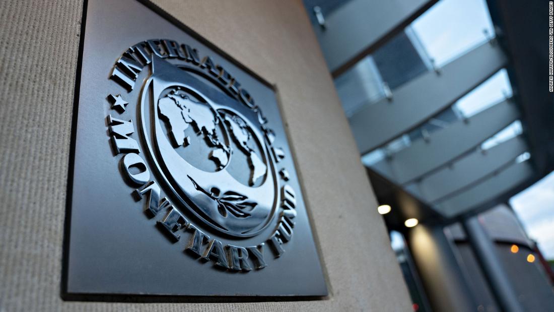 FMI afferma che metà del mondo ha chiesto un salvataggio