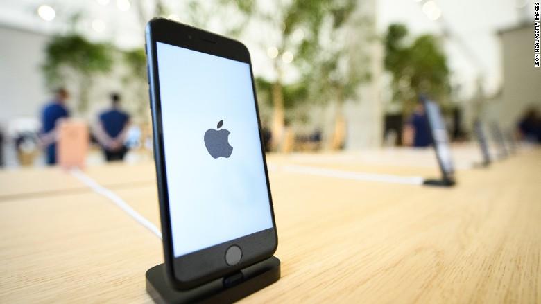 IPhone 8 si ricarica in modalità wireless?