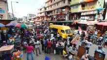 Il governo, le banche e gli individui con un patrimonio netto elevato contribuiscono a miliardi per combattere i coronavirus in Nigeria