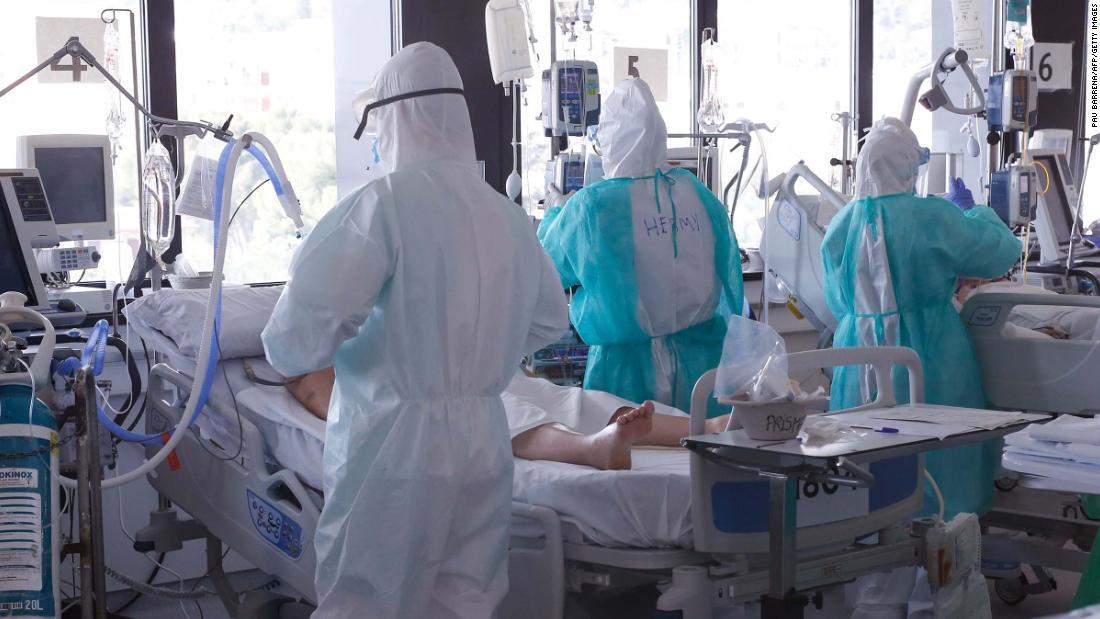 Spagna Coronavirus: il paese non è ancora in una fase di declassamento, avverte il Ministro della Salute