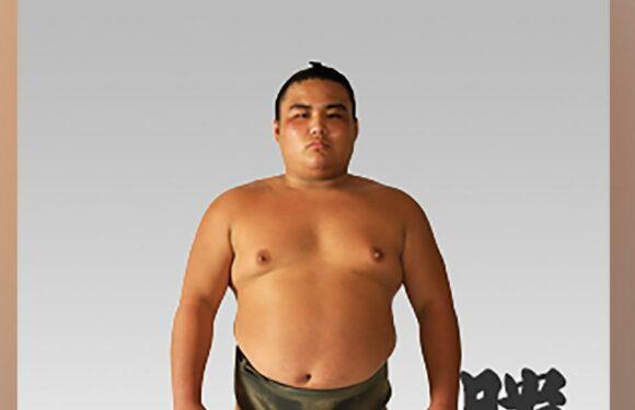 Il lottatore di sumo Shobushi, 28 anni, la prima morte per coronavirus sportivo