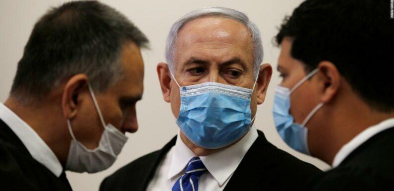 Benjamin Netanyahu sotto processo per corruzione a Gerusalemme