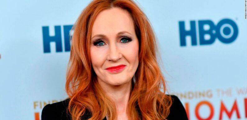 JK Rowling pubblica il libro per bambini Ickabog gratuitamente online