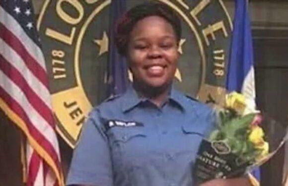 L'avvocato di Breonna Taylor Kenneth Walker pubblica l'audio del 911 dopo la sua morte per arma da fuoco