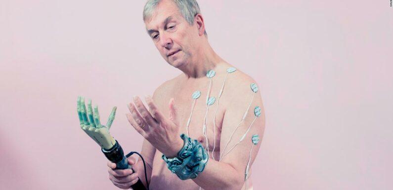 Transumanesimo: cyborg e biohacker ridefiniscono gli ideali di bellezza