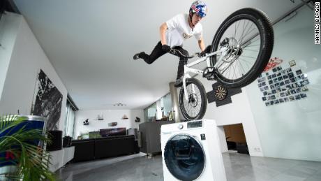 Wibmer descrive come andare in bici a casa