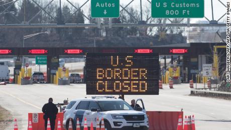 Il confine Canada-USA rimarrà chiuso ai viaggi non essenziali per almeno un altro mese