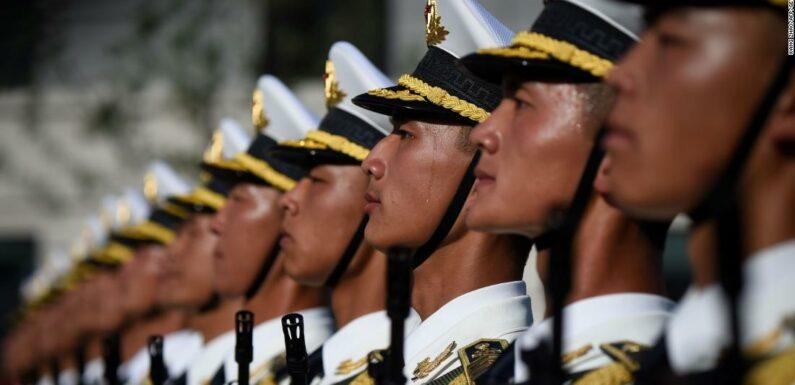 Il bilancio della difesa cinese mostra le priorità di Xi mentre l'economia si restringe