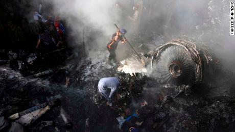 Pakistan: incidente in scatola nera dopo 97 morti