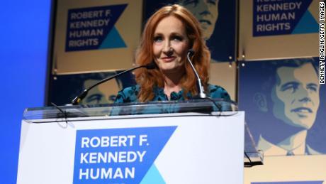 J.K. Rowling stupisce i fan rivelando la verità sulle origini di `` Harry Potter ''