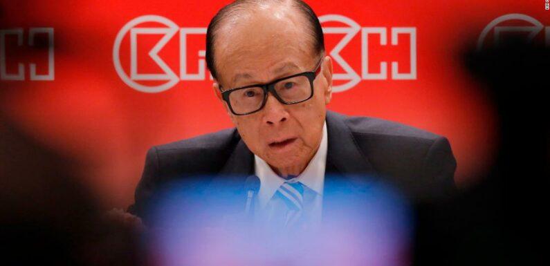 L'uomo più ricco di Hong Kong, Li Ka-shing, difende i piani della legge cinese sulla sicurezza