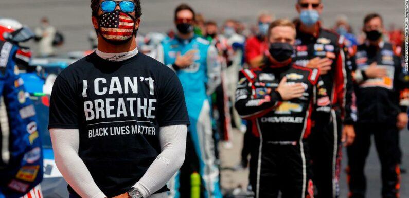 NASCAR Bubba Wallace vuole liberare le piste da corsa della bandiera confederata
