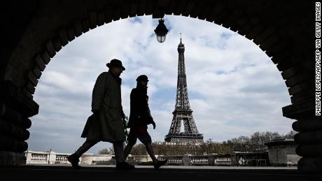 Il divieto europeo ai viaggiatori americani invierebbe un messaggio di umiltà