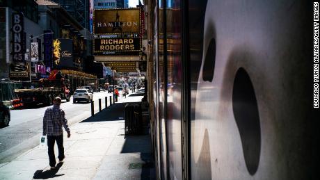Broadway rimarrà al buio per il resto dell'anno