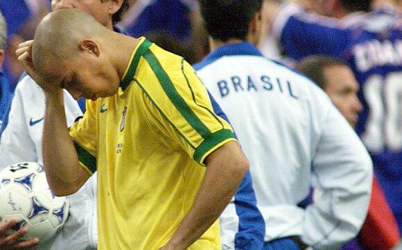 Ronaldo: il mistero della finale dei Mondiali del 1998 e il motivo per cui l'attaccante brasiliano è appena arrivato