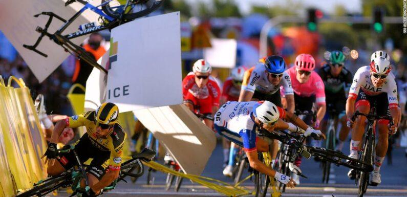 """Fabio Jakobsen in """"stato comatoso"""" dopo il terribile incidente al Giro di Polonia"""