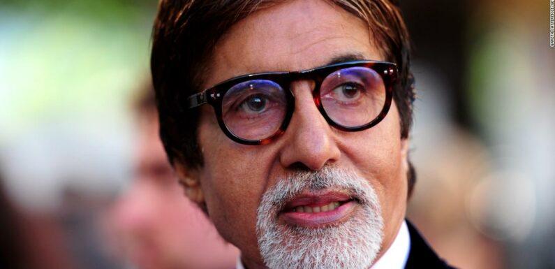 Amitabh Bachchan è dimesso dall'ospedale dopo essersi ripreso dal coronavirus